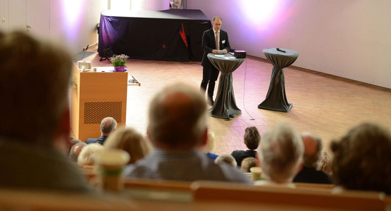 Dr. Christoph Jansen hielt die Eröffnungsrede