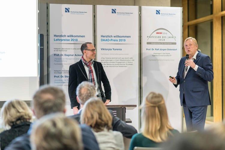 Prof. Dr. Ralf Jürgen bei der Preisverleihung zum Professor des Jahres