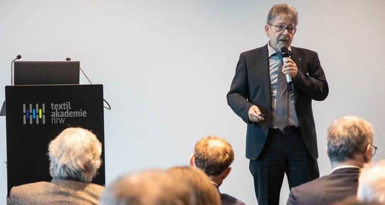 Projektleiter Professor Dr. Rüdiger Hamm stellte das Projekt vor.