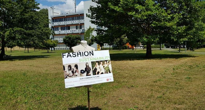 """Das Projekt """"Fashion & Music & Sustainability"""" ist eine Kooperation der Fakultät Textil & Design der Hochschule Reutlingen mit der Theodor-Heuss-Schule und wird von der Robert Bosch Stiftung gefördert. Foto: Hochschule Reutlingen."""