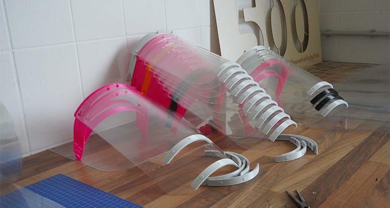 Geischtsschutz aus den 3D Druckern der Hochschule Coburg.