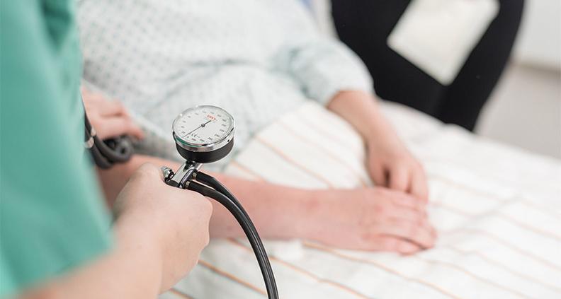 Am Fachbereich Gesundheitswesen der Hochschule Niederrhein werden ab dem Wintersemester 2021 auch Hebammen ausgebildet.