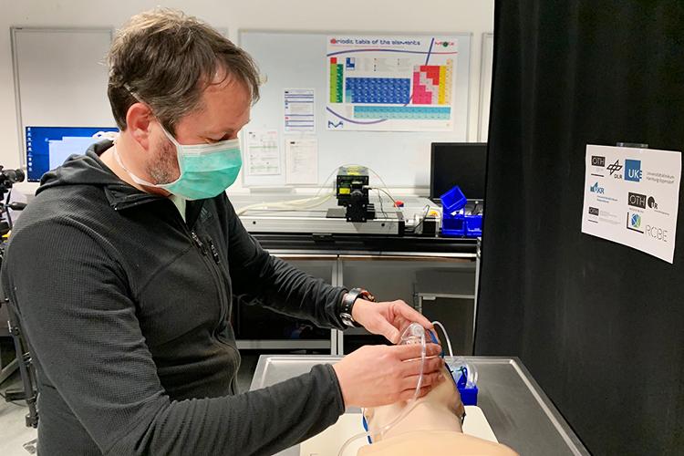 Prof. Dr.-Ing. Lars Krenkel