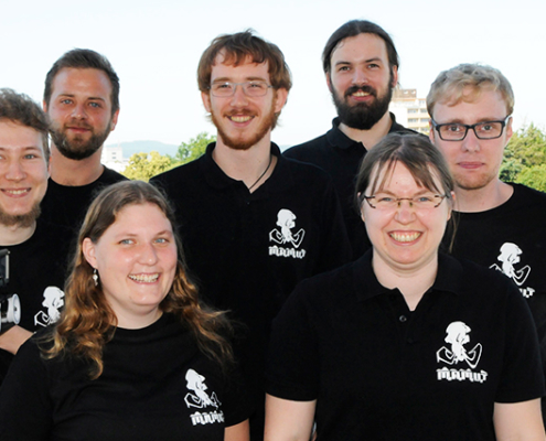 """Die Arbeitsgruppe """"Mamut-Robotics"""" der TH Mittelhessen."""