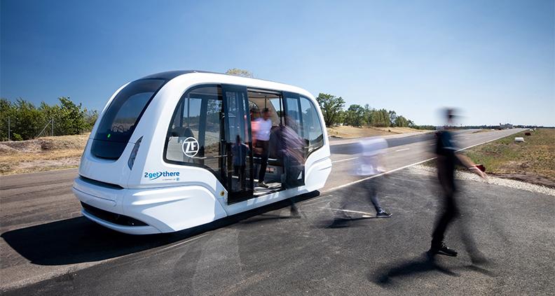 So könnten die Shuttle-Busse in den Pilotprojekten für einen 5G-gesteuerten, autonomen ÖPVN aussehen. Die Fahrzeuge werden von der ZF-Tochter 2getthere hergestellt.