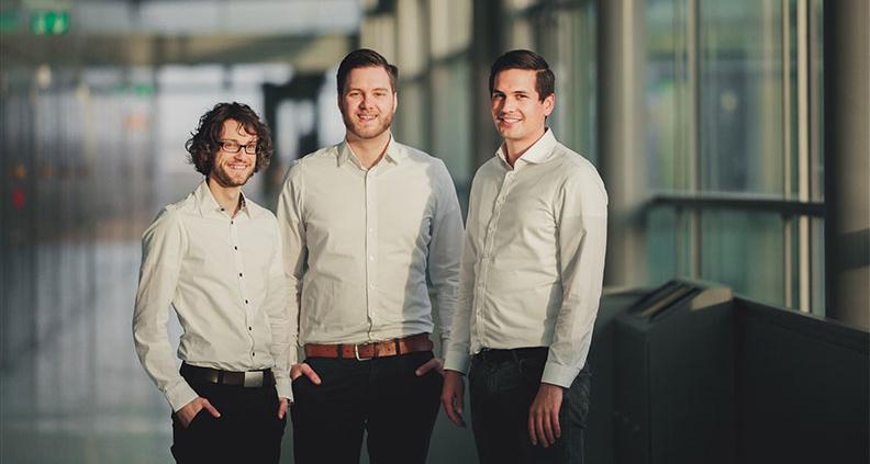 """Das Team """"Green Elephant Biotech"""" der THM hat es mit seiner Idee """"CellScrew"""" zur umweltfreundlichen Herstellung lebensrettender Medikamente und Impfstoffe ins Finale der """"Hessen Ideen"""" geschafft."""