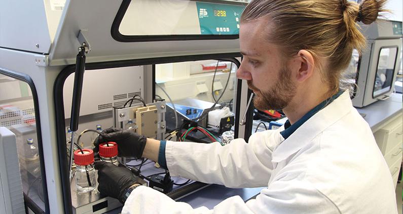 Forschungsprojekt der THM untersucht CO2 als Basis für Chemikalien.