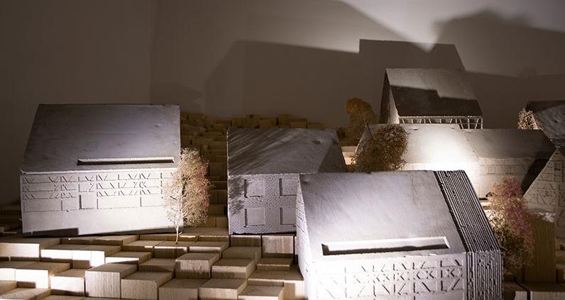 Ansichten der fertigen Ausstellung auf der Biennale.