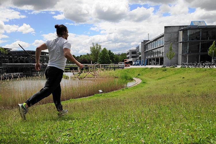 Studierende der OTH Regensburg laufen für den guten Zweck.