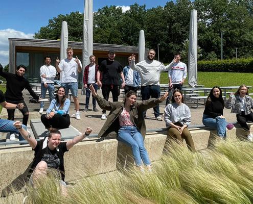 """Die Studierenden des Studiengangs """"User Experience"""" der Hochschule Aalen freuen sich, dass es bald wieder mehr Präsenzangebote auf dem Campus gibt."""