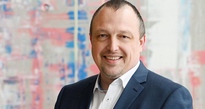 Seit Anfang 2021 ist Andreas Weiß Professor für Wasserbau und Siedlungswasserwirtschaft an der Hochschule Coburg.