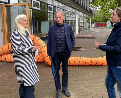 Isabel Pfeiffer-Poensgen, Ministerin für Kultur und Wissenschaft in NRW, hat sich am Freitag (27. August 2021) am Campus Rheinbach der Hochschule Bonn-Rhein-Sieg (H-BRS) ein Bild von den Flutschäden gemacht.