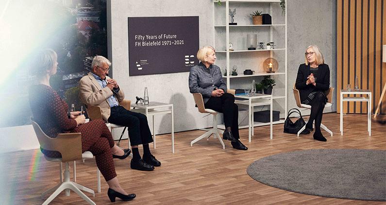 Aktuelle Fragen rund um Herausforderungen der Hochschule diskutierte die Talkrunde, an der neben FH-Präsidentin Prof. Dr. Ingeborg Schramm-Wölk auch Prof. Dr. Germanus Wegmann und Prof. Dr. Beate Rennen-Allhoff teilnahmen.